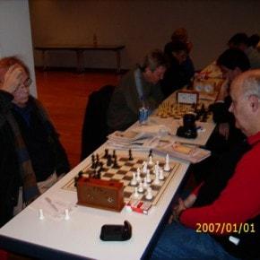 Schachfreunde Frankfurt 1921 e.V. Schach lernen, Schach trainieren, Schachspielen3te_mannschaft_runde_4_041212_7 Runde IV: Brett vor'm Kopp Ffm III – Sfr. Frankfurt III