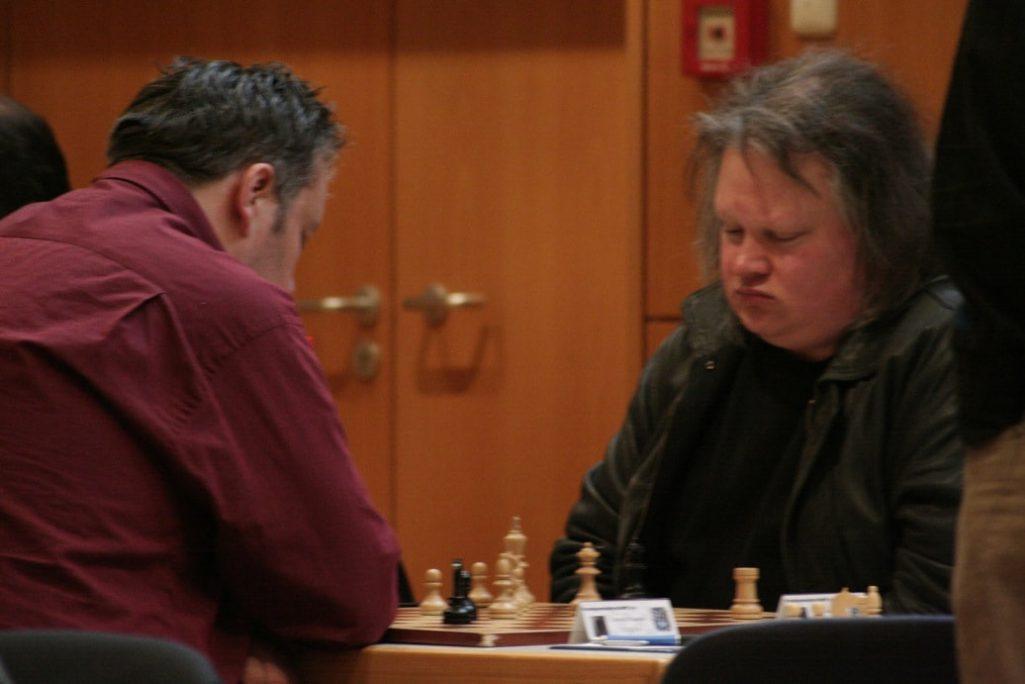 Chandler gegen Leimeister kämpfen um das Preisgeld der vorderen Plätze der A-Gruppe Schachfreunde Frankfurt 1921 e.V.