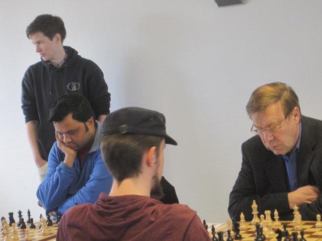 schwache grundreihe schach taktik